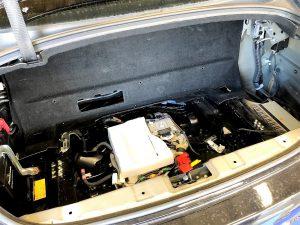 レクサスGSトランク内張り外し画像