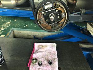車検リアカップ交換画像