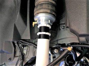 レクサスLC500左リアエアサス装着車高調整画像