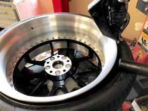 レクサスLC500ホイール交換タイヤ交換組み込み作業画像