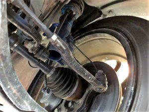 国産車ジューク日産アライメント調整フロントのトゥカム画像