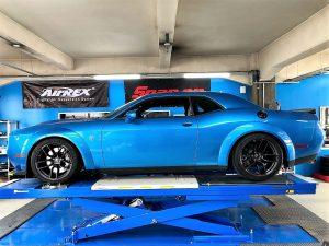 ダッジチャレンジャーSRTのKWコイルオーバーキット車高調整